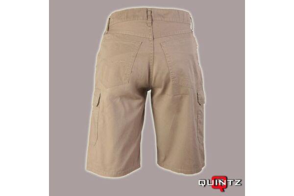 férfi nagy méretű rövidnadrág hátulról
