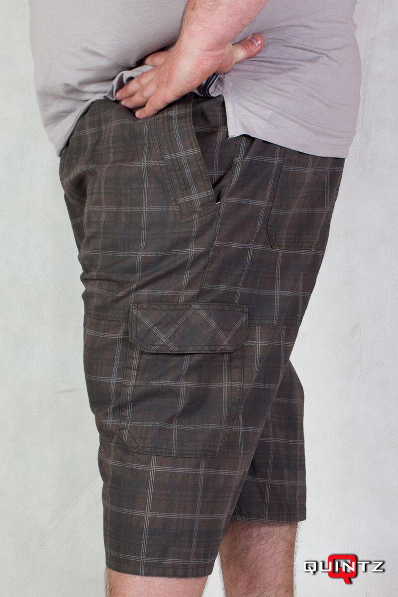 34c185e66f Nagy méretű barna kockás gumis derekú rövidnadrág