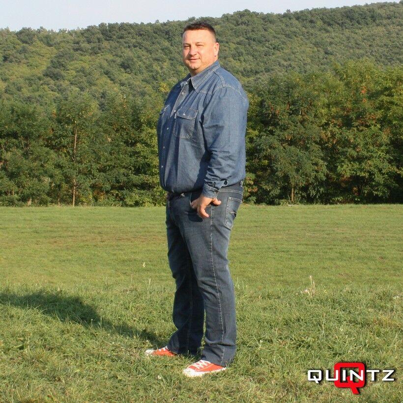 férfi nagy méretű farmer